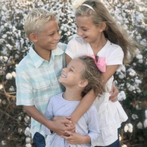 3-sibling-group